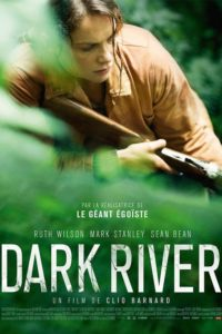 "Affiche du film ""Dark River"""